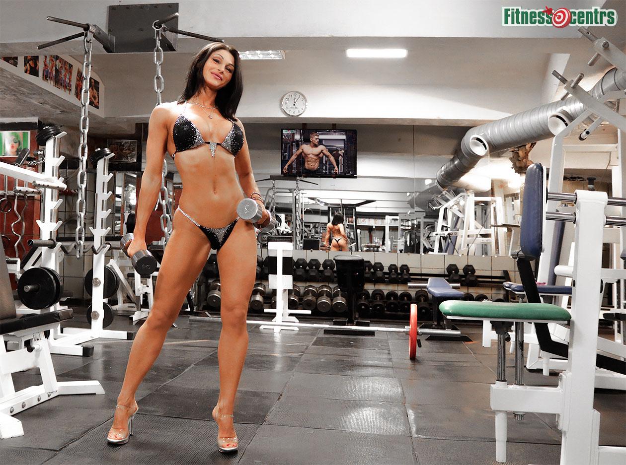 http://img.fitnes.lv/2/105_bikini_bababes_27873.jpg