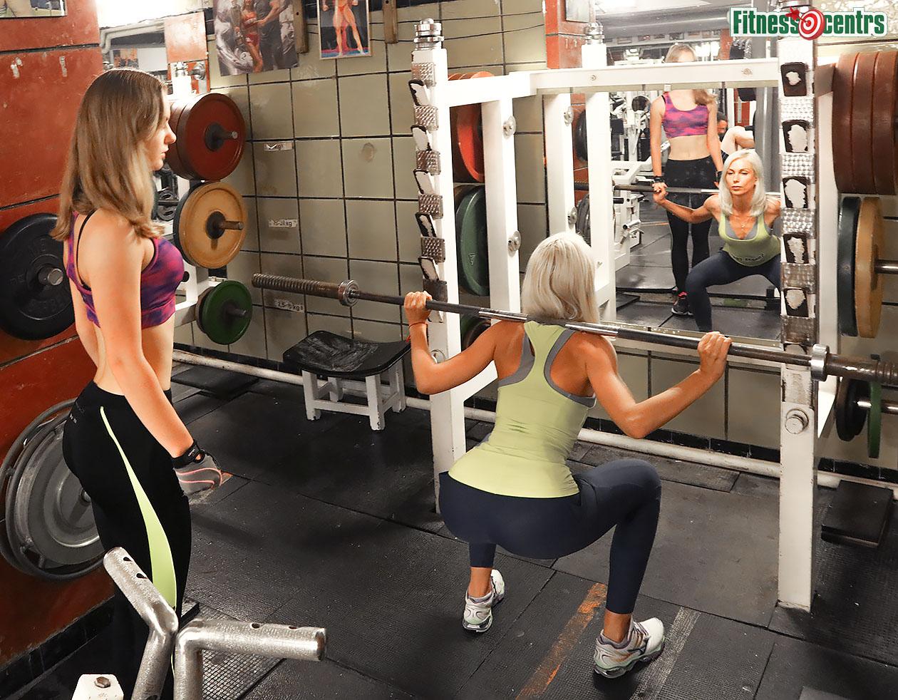 http://img.fitnes.lv/2/2_fitness_girls_27833.jpg