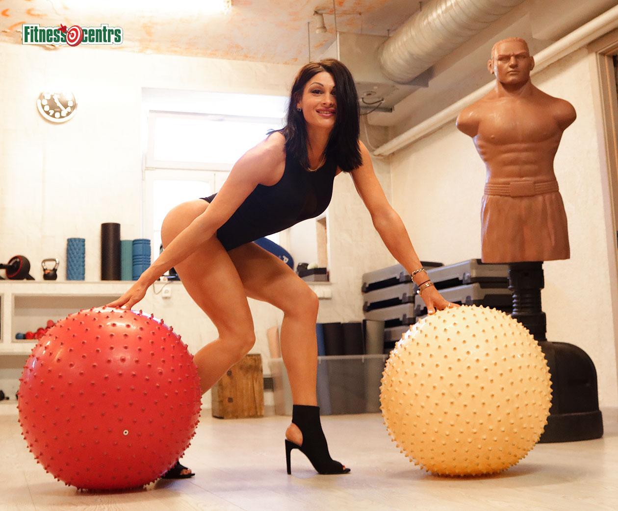 http://img.fitnes.lv/2/42_aerobics_girls_Latvia_28283.jpg