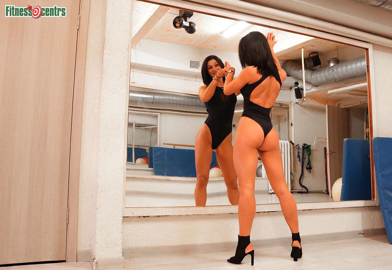http://img.fitnes.lv/2/55_bikini_girls_288383.jpg