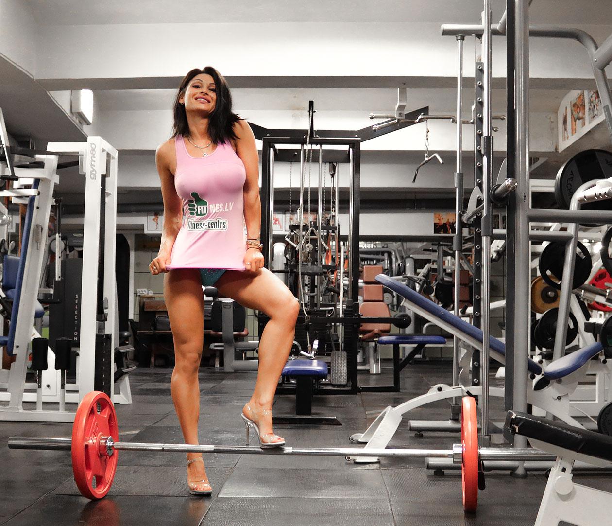 http://img.fitnes.lv/2/89_1_fitness_girls_2781762.jpg