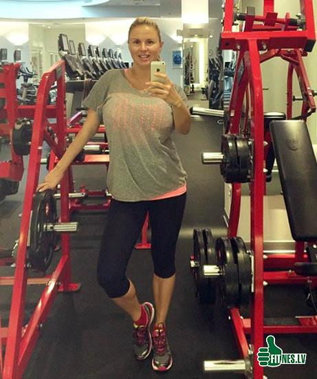 http://img.fitnes.lv/2/Anna_Semenovic.jpg