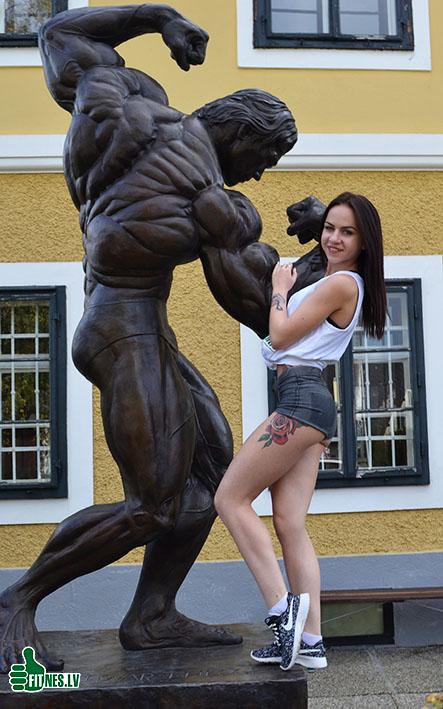 http://img.fitnes.lv/2/Arnold_268_0146.jpg