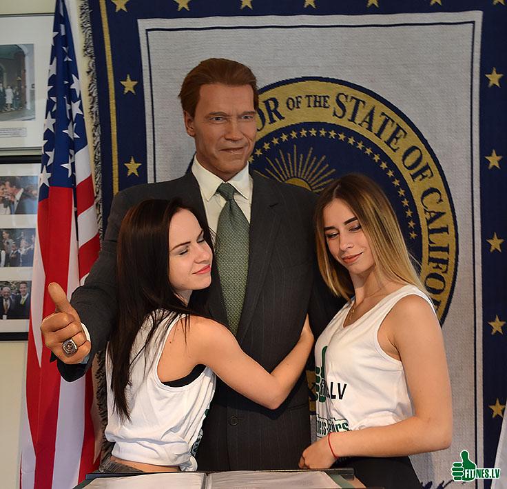 http://img.fitnes.lv/2/Arnold_Schwarzenegger_2787_0019.jpg
