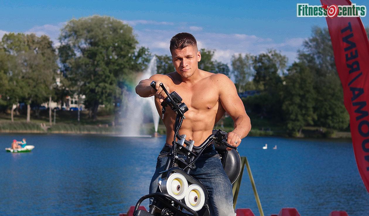 http://img.fitnes.lv/2/Artur_Burinsky_2789192_0224.jpg