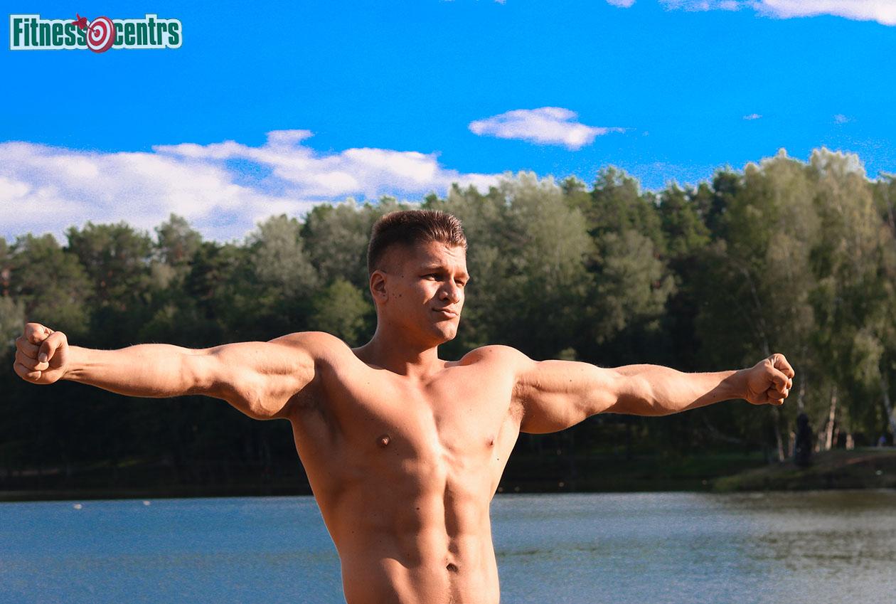 http://img.fitnes.lv/2/Artur_Burinsky_6278282_0195.jpg