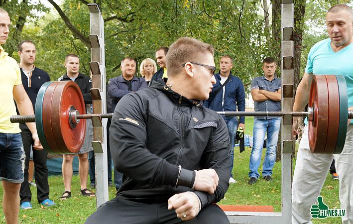 http://img.fitnes.lv/2/Arturs_Burinskis_9342.jpg