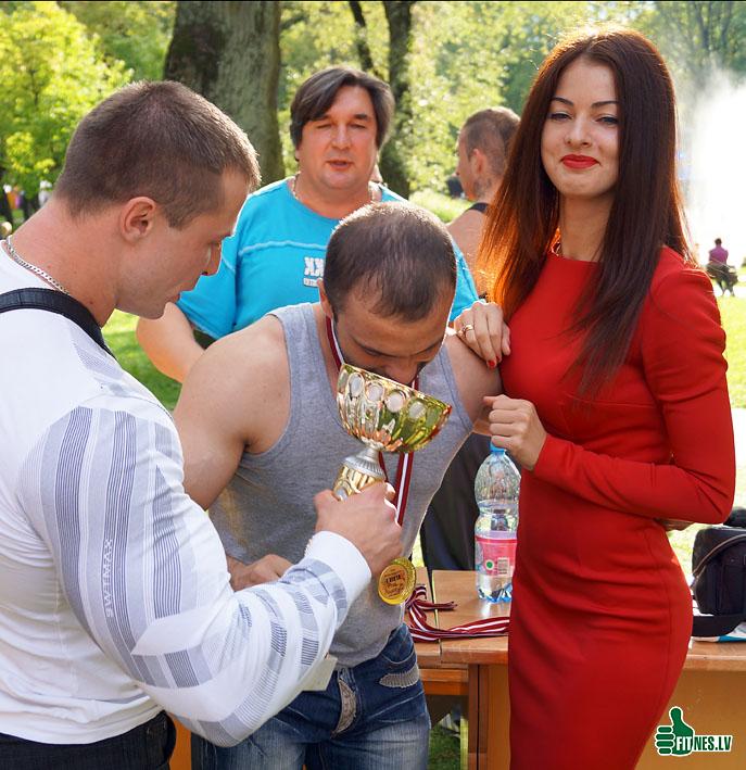 http://img.fitnes.lv/2/Bosov_Jurij_49013.jpg