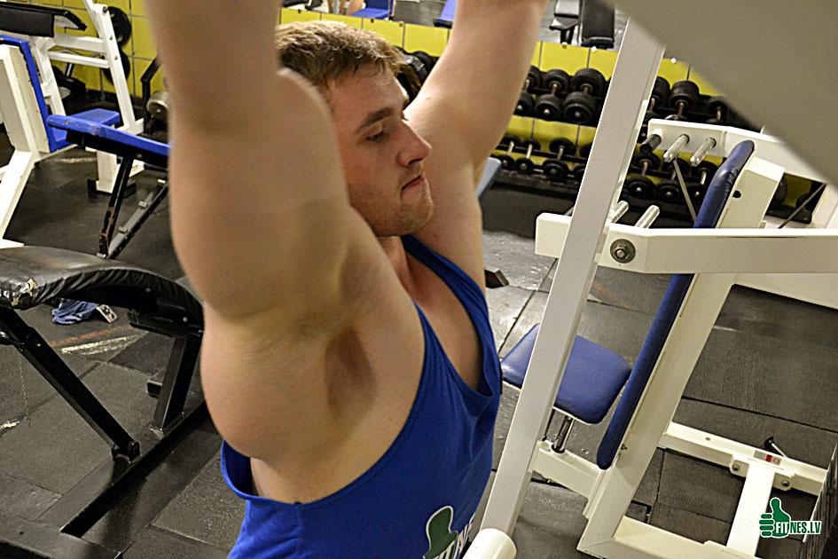 http://img.fitnes.lv/2/Deniss_Hrapunov_2897654902.jpg