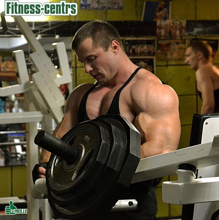 http://img.fitnes.lv/2/Fitness_centrs_99888990.jpg