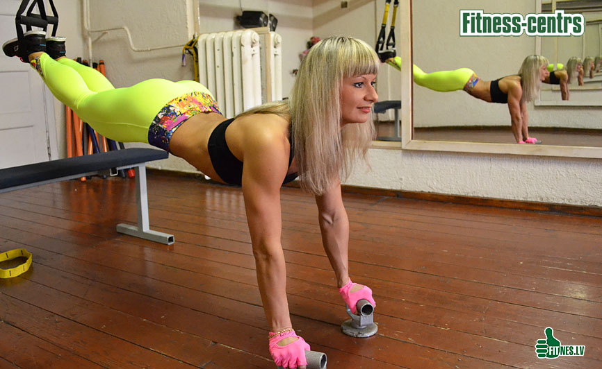 http://img.fitnes.lv/2/Fitness_girls_2797_0025.jpg