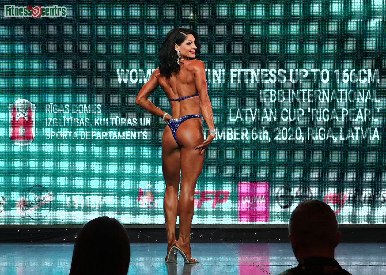 http://img.fitnes.lv/2/IFBB_bikini_2671891_0827.jpg