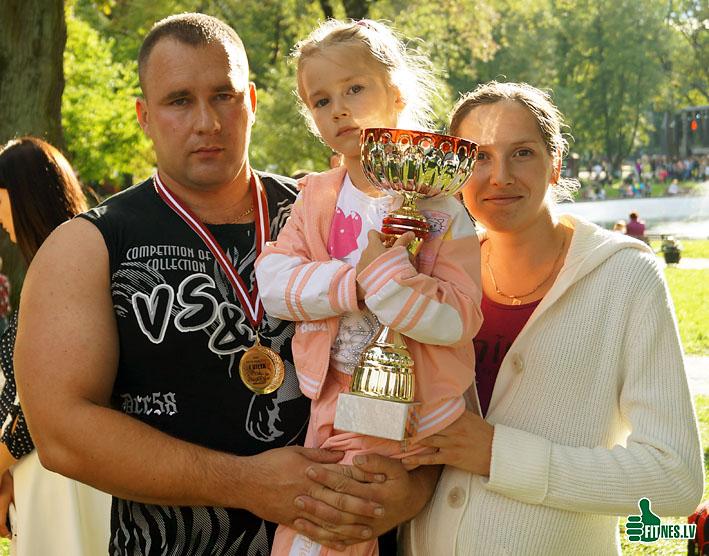 http://img.fitnes.lv/2/Kozarenok_Aleksandr_275.jpg