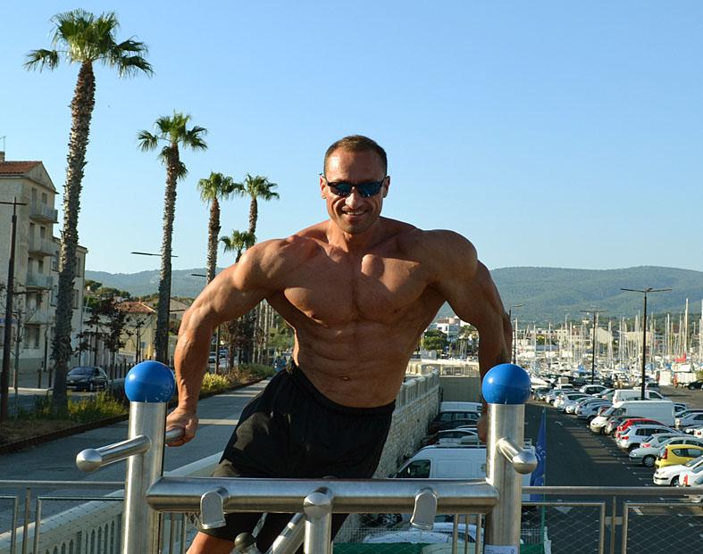 http://img.fitnes.lv/2/La_Coste_beach_0122.jpg