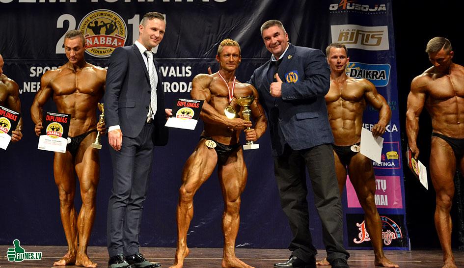 http://img.fitnes.lv/2/Latvia_championship_bodybuilding_fitness_0618.jpg