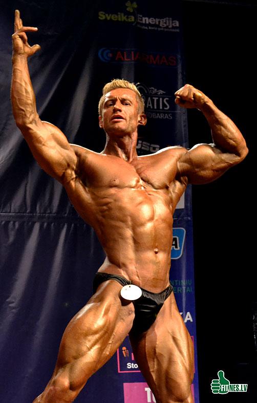 http://img.fitnes.lv/2/Latvia_championship_bodybuilding_fitness_0706.jpg