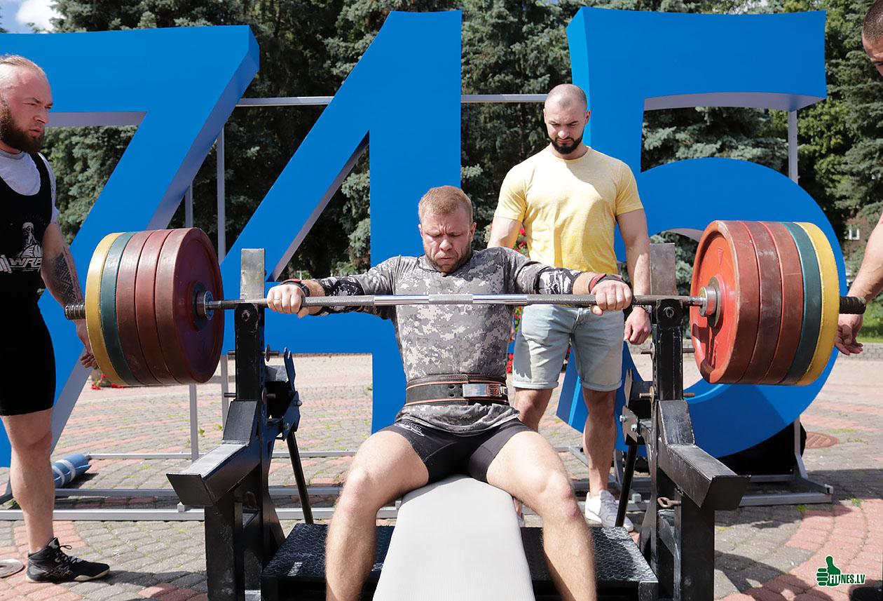 http://img.fitnes.lv/2/Letljans_839393_3462.jpg