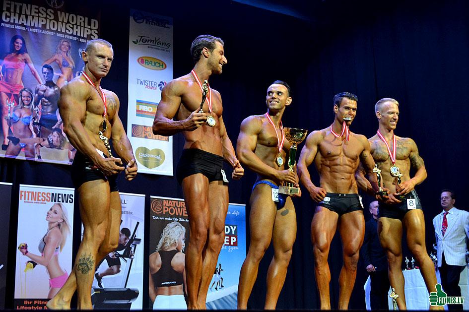 http://img.fitnes.lv/2/Men_fitness_0543.jpg