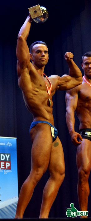 http://img.fitnes.lv/2/Men_fitness_0548.jpg