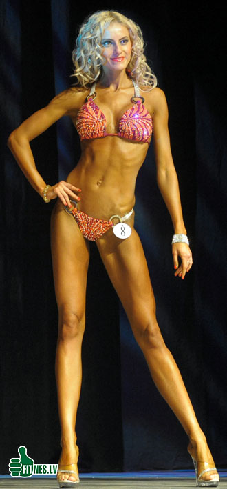 http://img.fitnes.lv/2/Miss_Bikini_4550.jpg