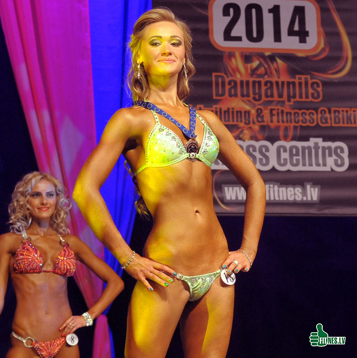 http://img.fitnes.lv/2/Miss_Bikini_4580.jpg