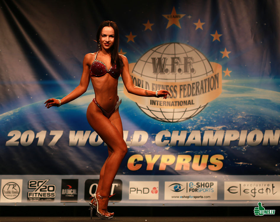 http://img.fitnes.lv/2/Miss_bikini_278_0413.jpg