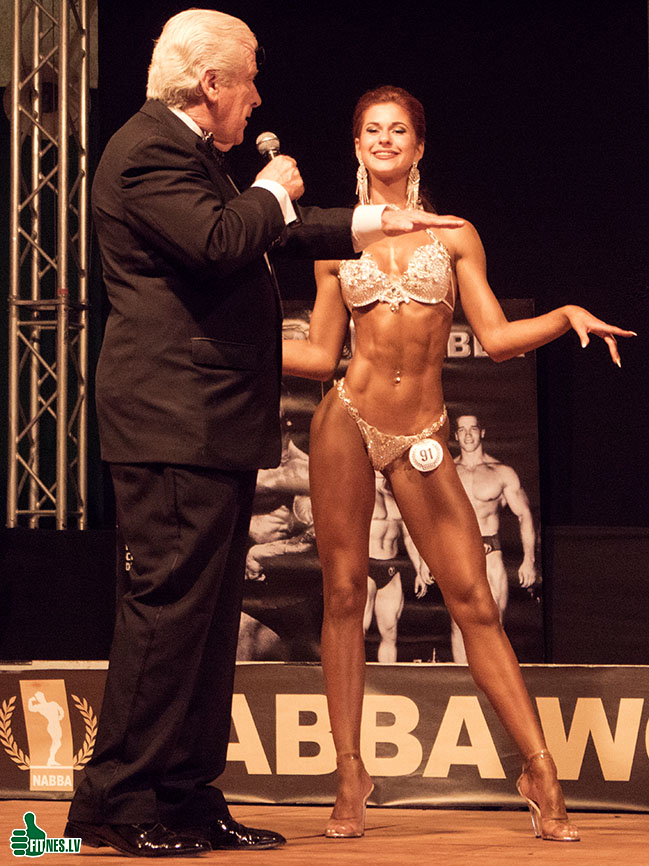 http://img.fitnes.lv/2/NABBA_bikini_5164.jpg