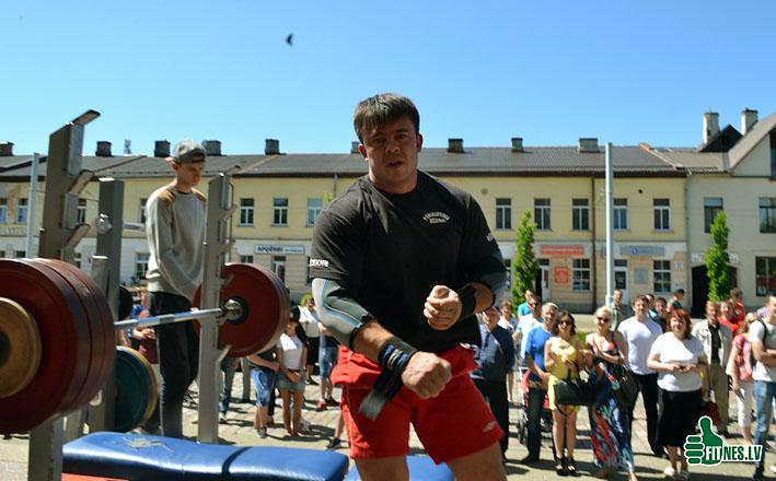 http://img.fitnes.lv/2/Nikitin_0244.jpg