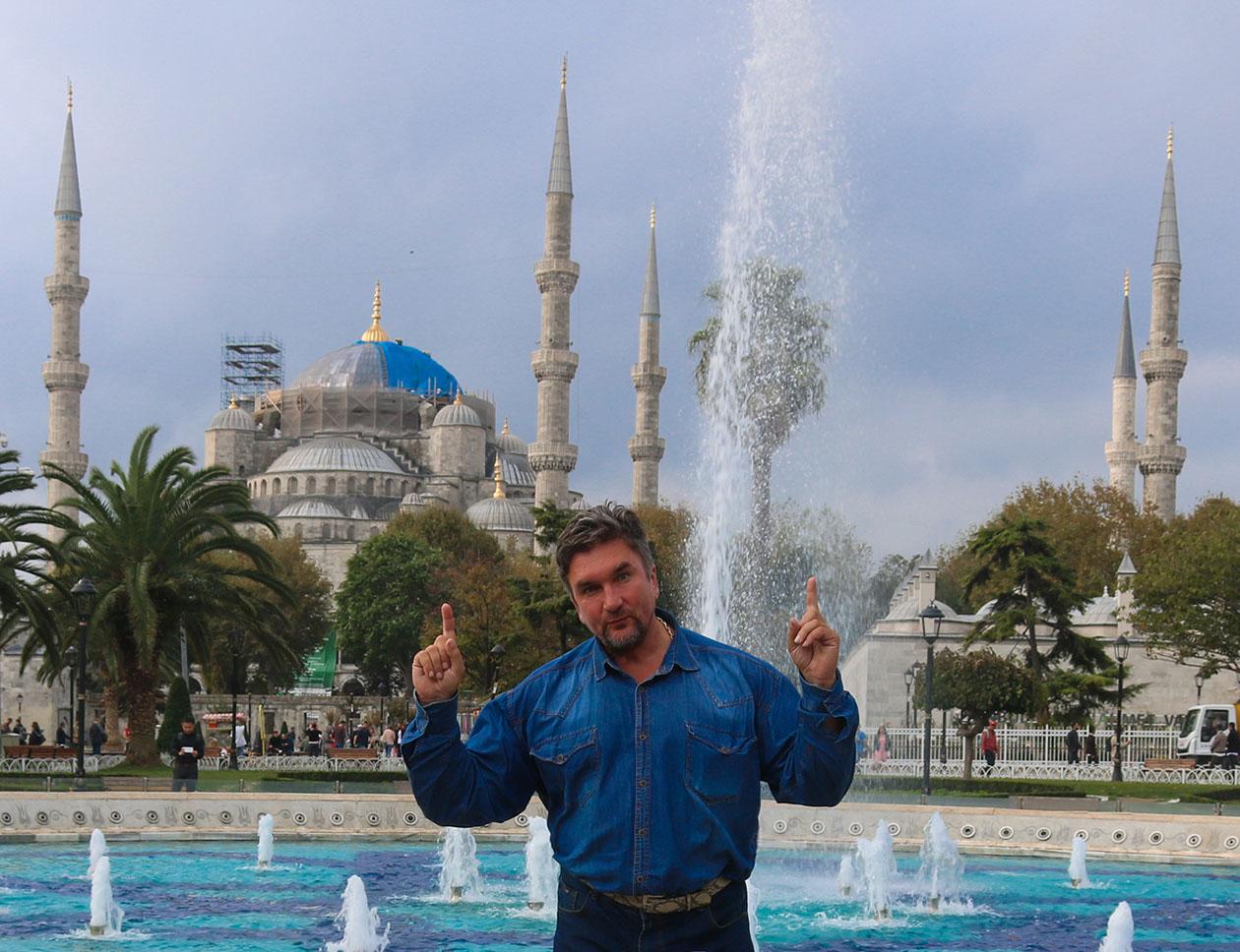 http://img.fitnes.lv/2/Oleg_Burinskis_Istanbul_2984774.jpg
