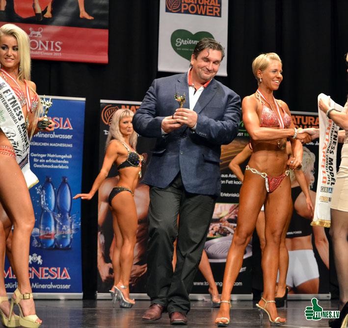 http://img.fitnes.lv/2/Oleg_Burinsky_0300.jpg
