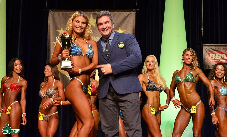 http://img.fitnes.lv/2/Oleg_Burinsky_099_0296.jpg