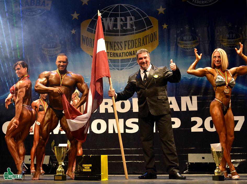http://img.fitnes.lv/2/Oleg_Burinsky_4783_0468.jpg