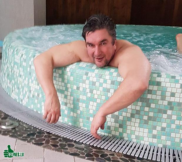 http://img.fitnes.lv/2/Oleg_Burinsky_88764672.jpg