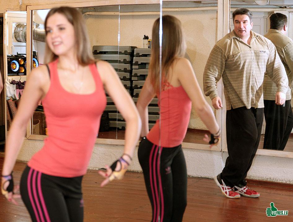 http://img.fitnes.lv/2/Olegs_Burinskis_833029722.jpg
