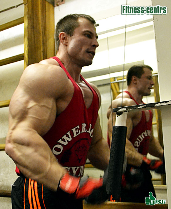 http://img.fitnes.lv/2/Romanov_0029_2839.jpg