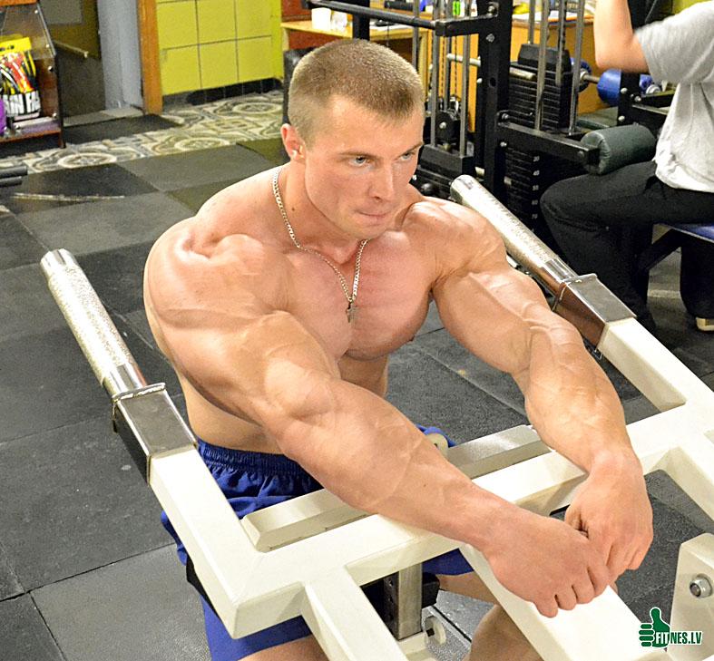 http://img.fitnes.lv/2/Romanov_0182.jpg