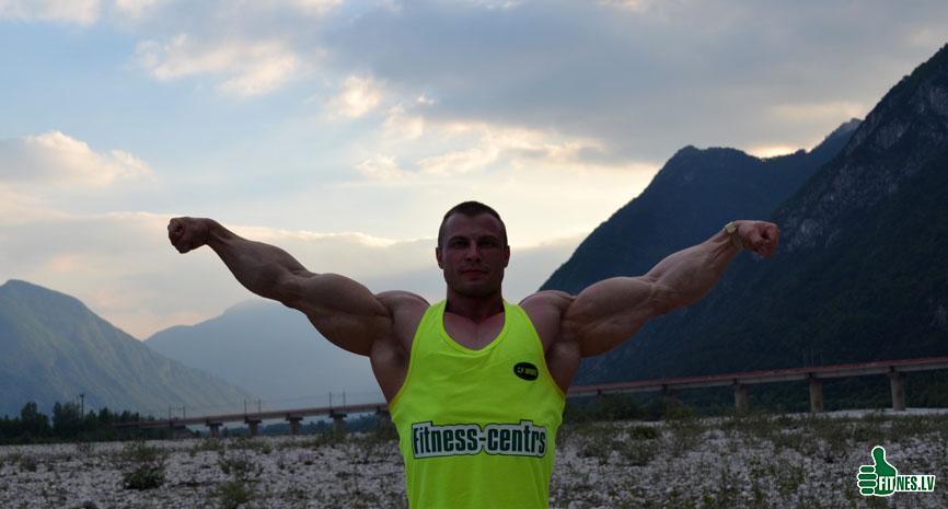 http://img.fitnes.lv/2/Romanov_Dmitry_0487.jpg