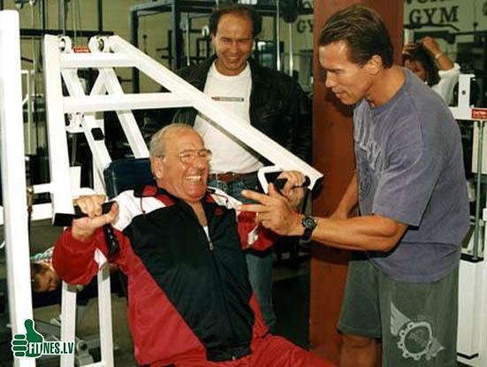 http://img.fitnes.lv/2/Schwarzenegger_37824.jpg