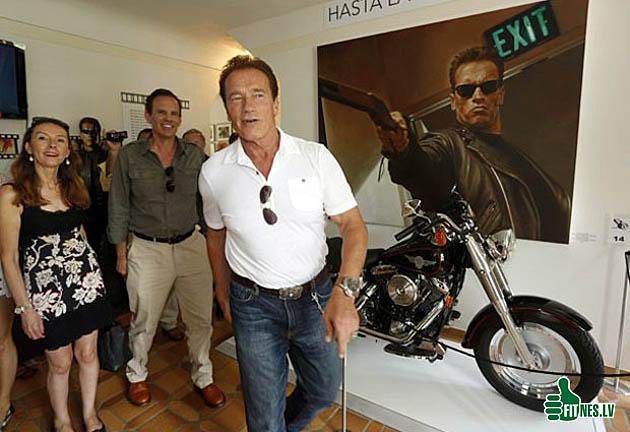 http://img.fitnes.lv/2/Schwarzenegger_98686.jpg