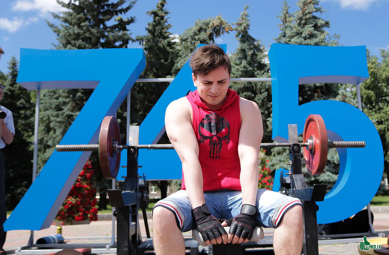 http://img.fitnes.lv/2/Terzjan_Aleksandr_3374.jpg