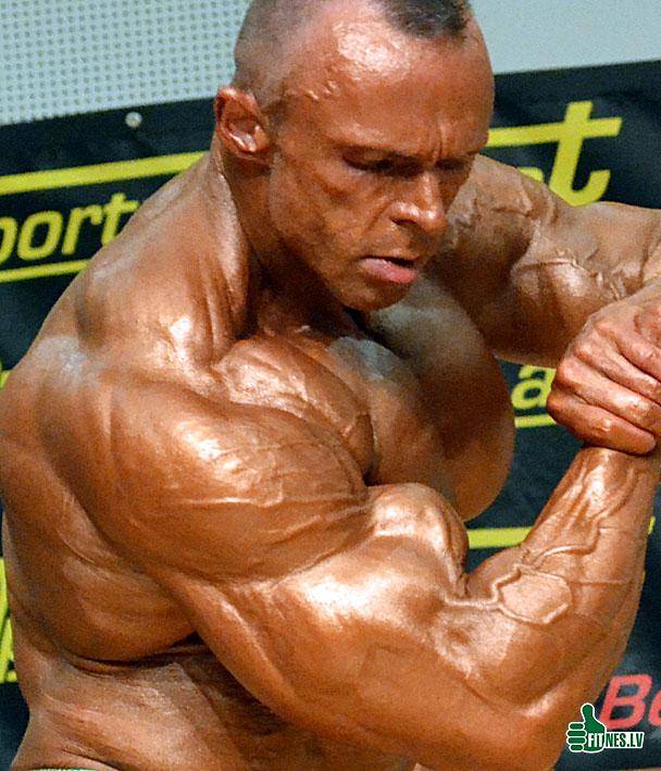 http://img.fitnes.lv/2/Thomas_Burianek_0619.jpg
