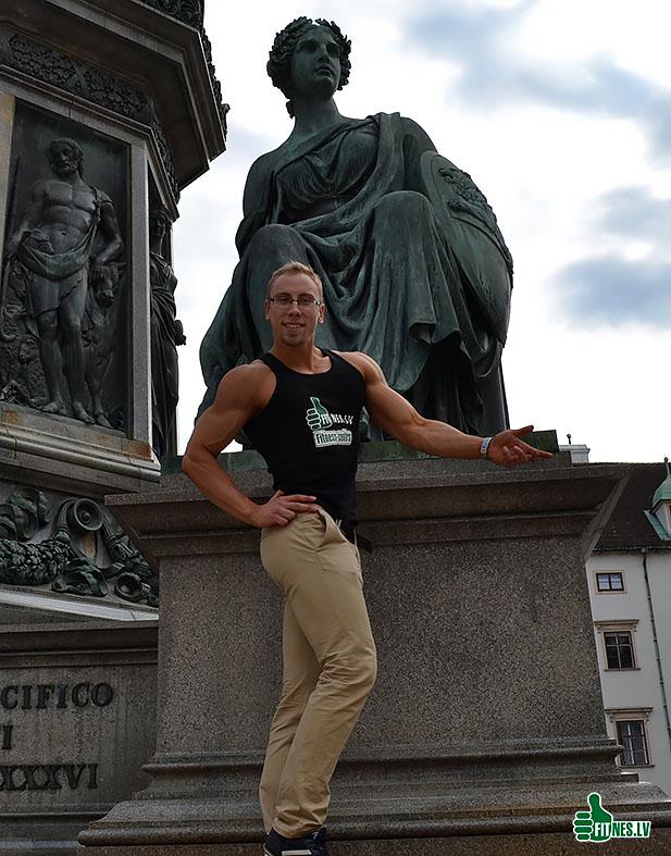 http://img.fitnes.lv/2/Viena_bodybuilding_39157_0133.jpg