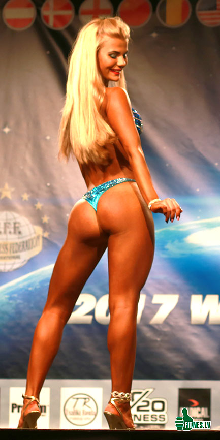 http://img.fitnes.lv/2/WFF_bikini_girls_8535.jpg