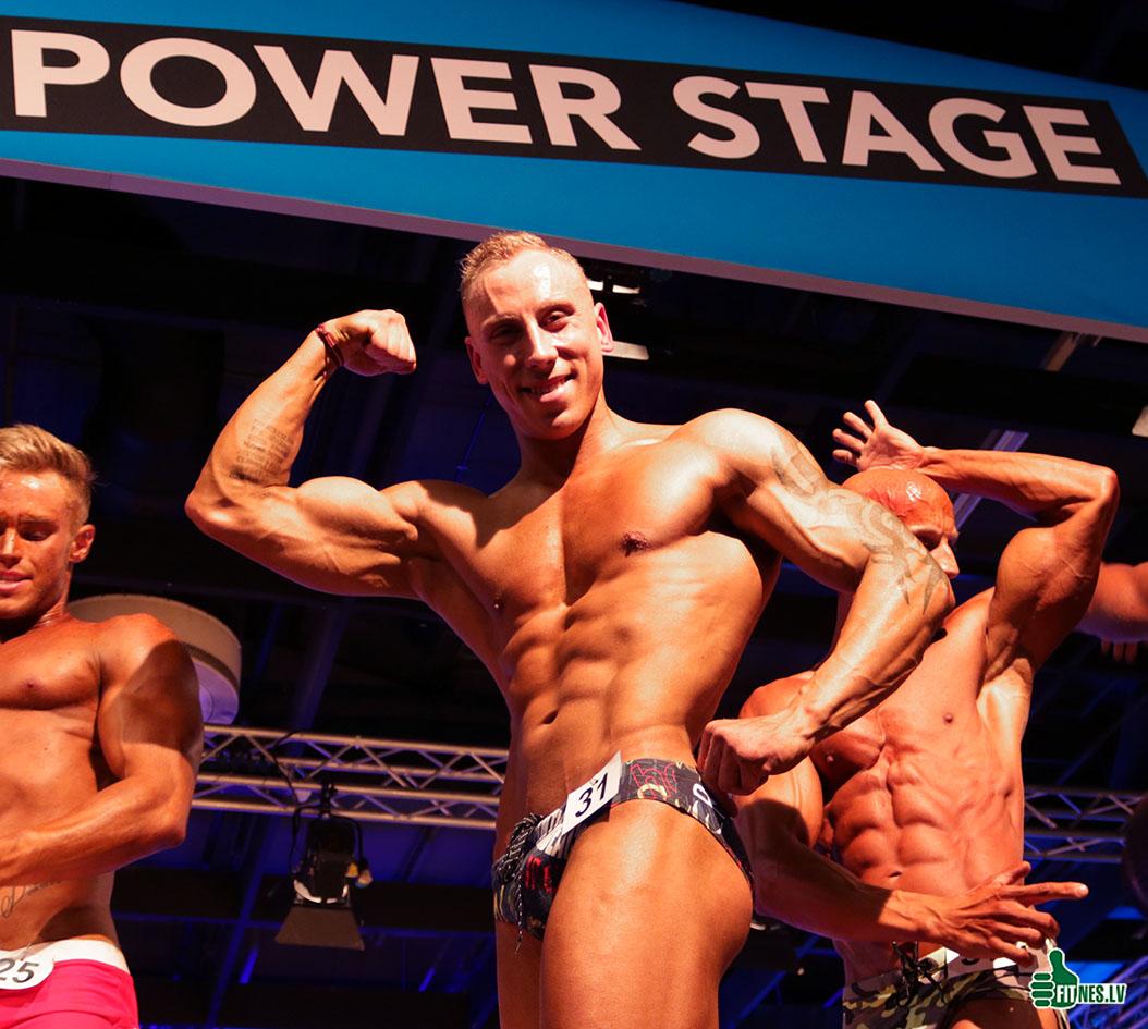 http://img.fitnes.lv/2/WFF_sports_models_293742_2074.jpg
