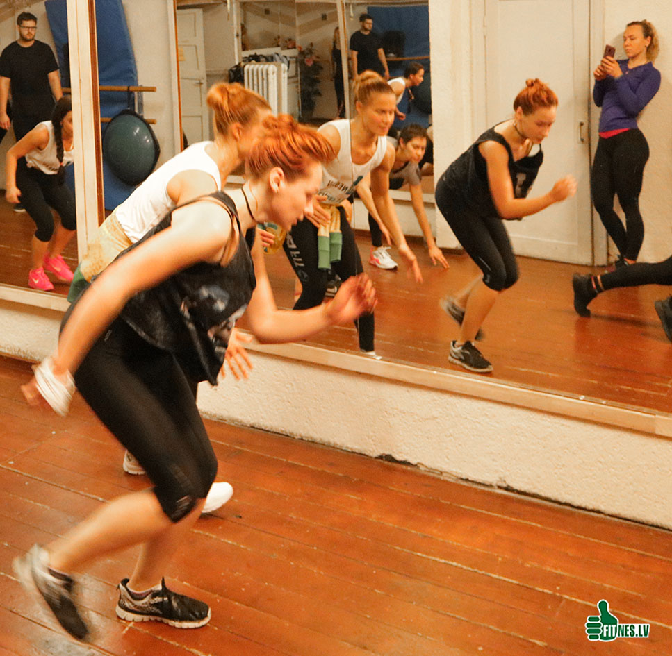 http://img.fitnes.lv/2/aerobics_27834_0043.jpg