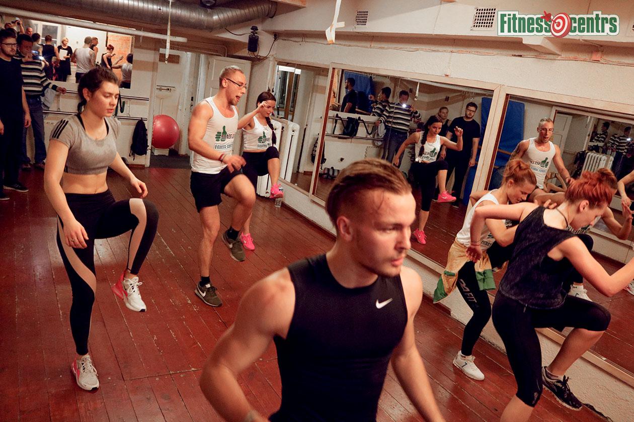 http://img.fitnes.lv/2/aerobics_278363_0076.jpg
