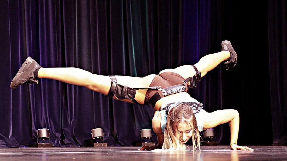 http://img.fitnes.lv/2/aerobics_728641867.jpg