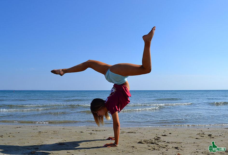 http://img.fitnes.lv/2/aerobics_9282_0953.jpg