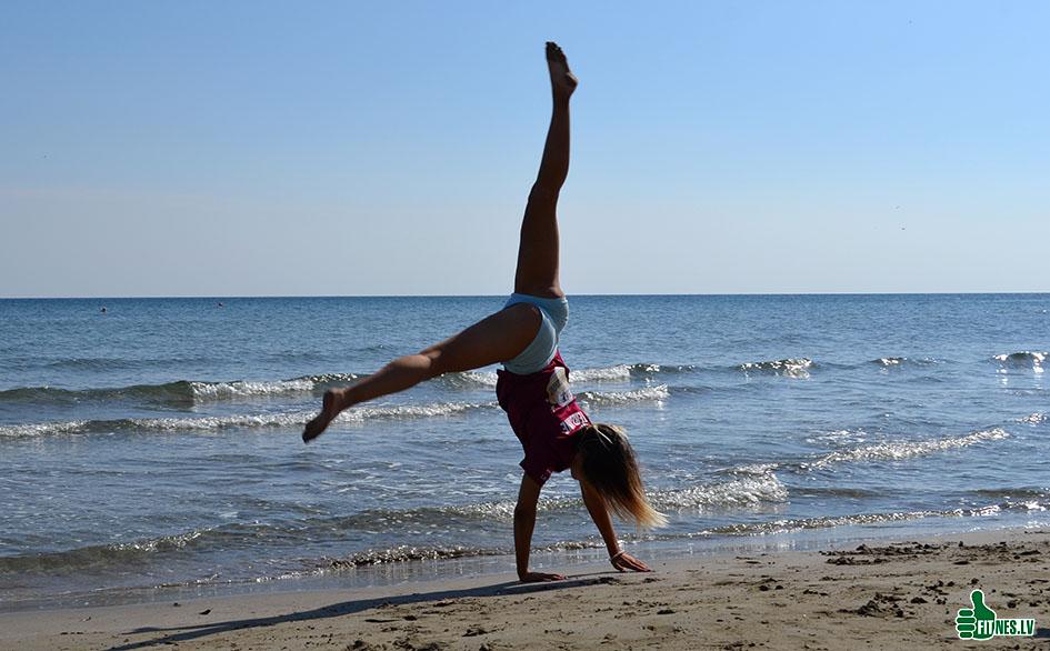 http://img.fitnes.lv/2/aerobics_Alyona_0941.jpg