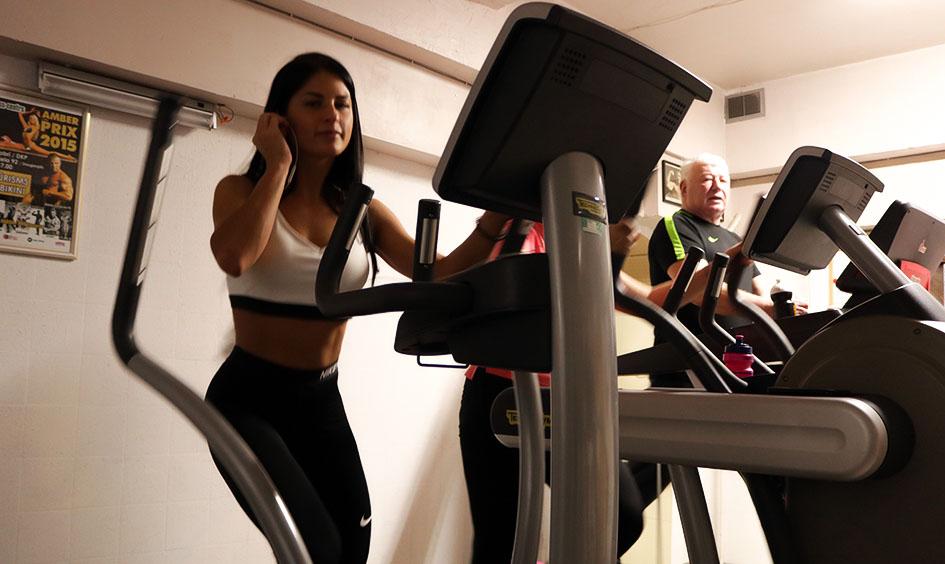 http://img.fitnes.lv/2/aerobics_training_783_6408.jpg